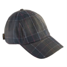The signature Wax Sports Cap gets a new Classic tartan wax cotton outer, with a warm fleece-lined inner and an adjustable brass strap-adjustable rear. Available from the men's Sporting collection.
